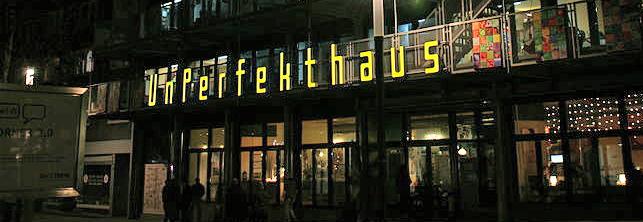 Unperfekthaus_in_Essen_CC-BY-SA-3.0_by_Frank-Vincentz